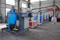 青島寶龍聚氨酯保溫管設備
