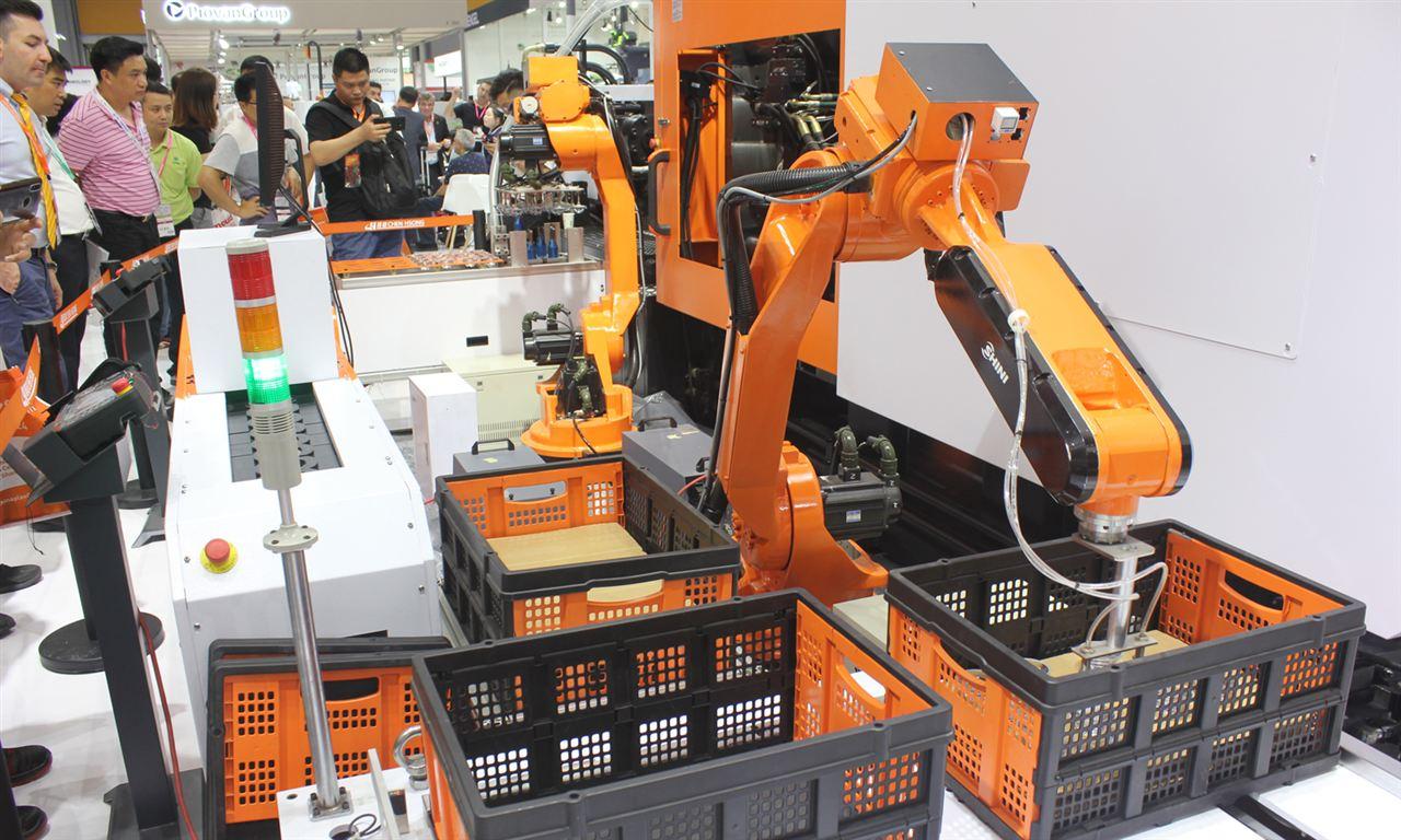 机器人行业各国发展如何?德国库卡工厂让人震惊!